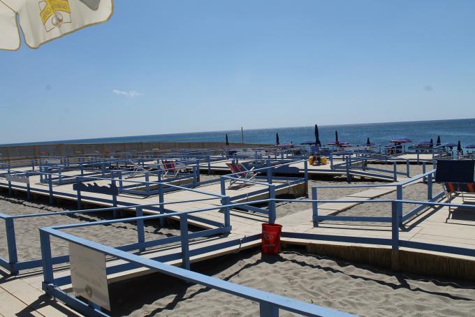 spiaggia accessibile in carrozzina calabria